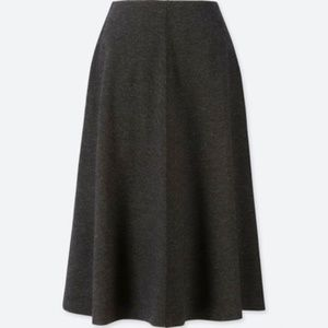 UNIQLO Gray Flared Wool Knit Midi Sz Small